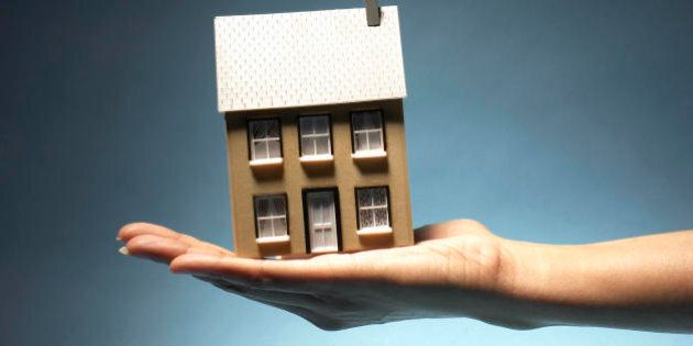 Casa, il dlgs alla Camera. A chi è in ritardo con il mutuo ora le banche potrebbero prendere la casa...