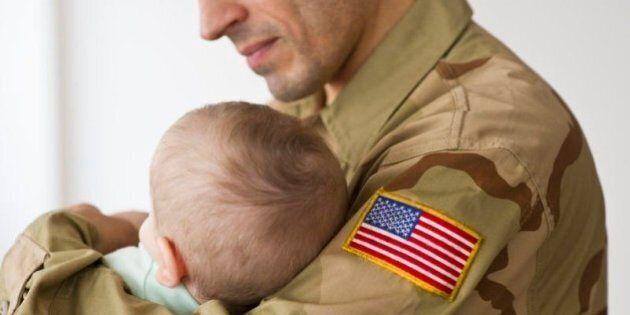 Chris Lopez, sergente capo dei Marines, spiega come educare i figli in 6 punti: