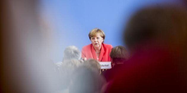 Germania, Angela Merkel giù in un sondaggio. Un tedesco su due non sta dalla sua