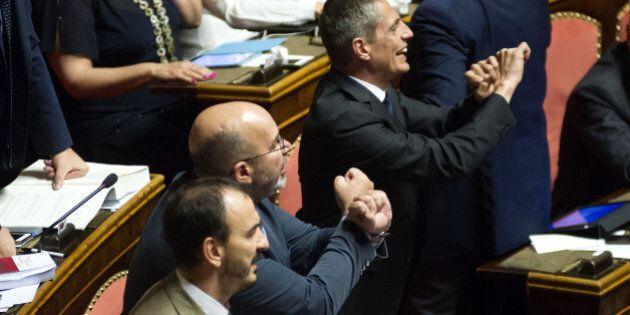 Vitalizi condannati, da oggi sono aboliti. Grasso e Boldrini convocano la riunione decisiva, Fi, Ncd...