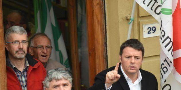 Matteo Renzi difende il decreto Salva-Banche: