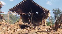 Camminando tra le rovine del terremoto in