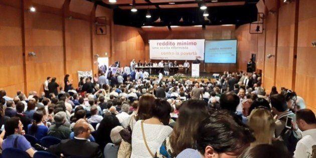 Reddito minimo: la proposta di Roberto Speranza. 500 euro per i disoccupati: