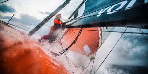Volvo Ocean Race: controvento, controcorrente, contro gli elementi. Quarta tappa del giro del