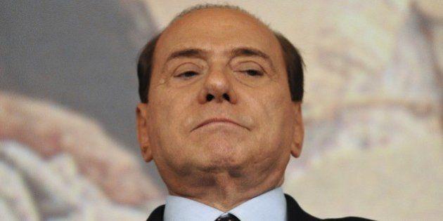 Riforme, Forza Italia dal Nazareno all'Aventino. Silvio Berlusconi furibondo per le minacce di Renzi....