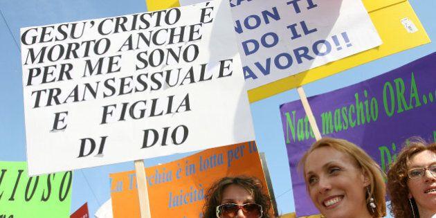 Giornata contro la transfobia: Gesù ha patito le stesse discriminazioni di omosessuali e
