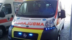 Ha un infarto mentre guida l'ambulanza, ma riesce a portare la paziente in