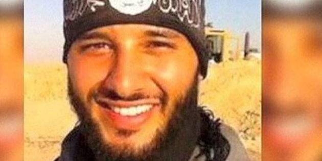 Strage Parigi, il padre del terrorista kamikaze al Bataclan: