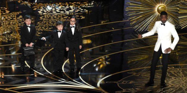 VIDEO. Oscar 2016, Chris Rock fa un discorso sul razzismo ma scivola su una battuta contro bambini