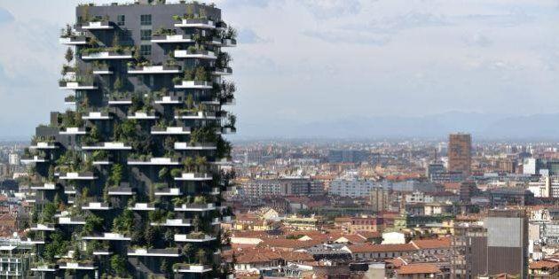 Il Bosco verticale di Stefano Boeri vince il premio come più bel grattacielo del mondo. L'edificio si...