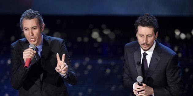 A Sanremo ridere dei gay si può, ma anche