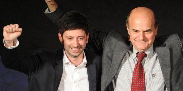 Minoranza PD, Roberto Speranza incoronato leader antirenziano da Pier Luigi Bersani. L'obiettivo è rifondare...