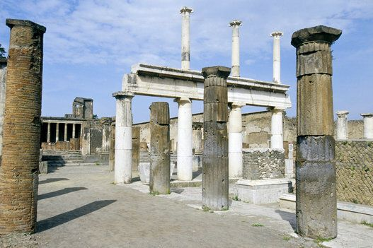 50 siti Unesco in Italia: Venezia, Siena, Firenze, Napoli e Roma. I posti