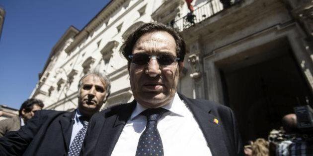 Sicilia, Rosario Crocetta sotto il fuoco del Pd che vuole sfiduciarlo. Lite con Davide