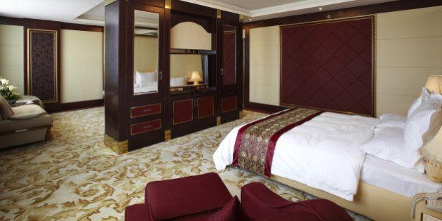 Dormire nel letto di un hotel è più riposante. E c'è un motivo