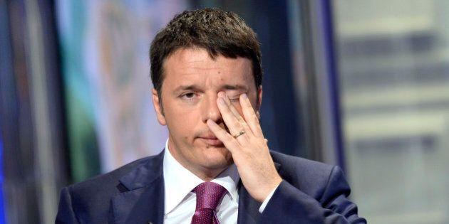 Matteo Renzi: cala ancora la fiducia nel governo. Persi sei punti in un mese. Weber (Ixé):