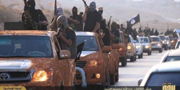Libia, evacuazione in corso degli italiani. Il ministro Roberta Pinotti: