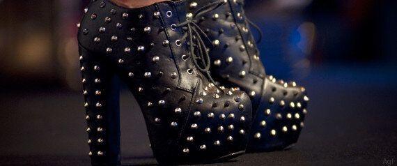 Le 10 peggiori scarpe che potete indossare quest'estate. Dalle ballerine alle infradito, tanti errori...