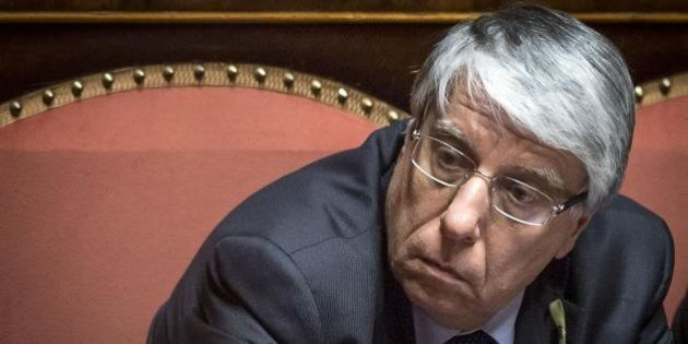 Unioni civili, Carlo Giovanardi presenta 3mila emendamenti. A rischio l'iter in Senato, Matteo Renzi...