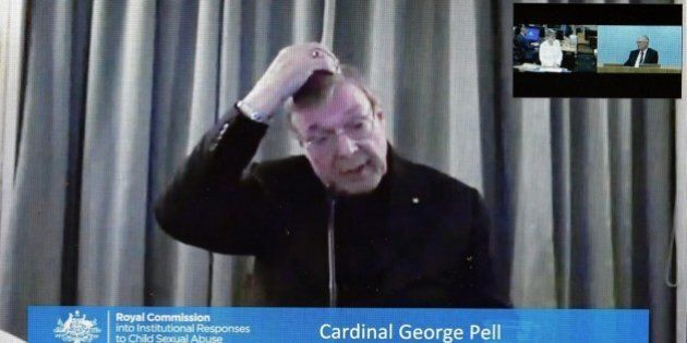 Pedofilia, cardinale George Pell: