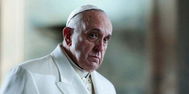 Migranti, appello di Papa Francesco:
