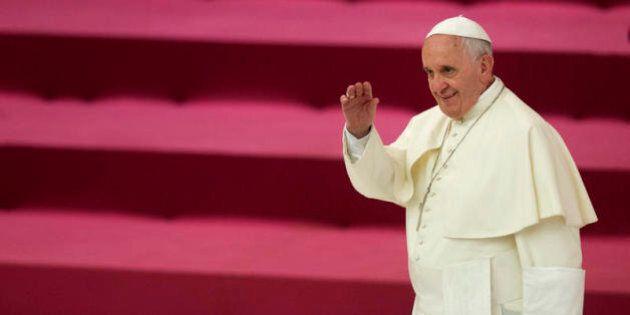 Papa Francesco, il Dio paritario di Francesco: maschio e femmina, non solo uno e