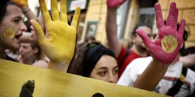 Scuola, i sindacati bocciano le modifiche del governo alla riforma.