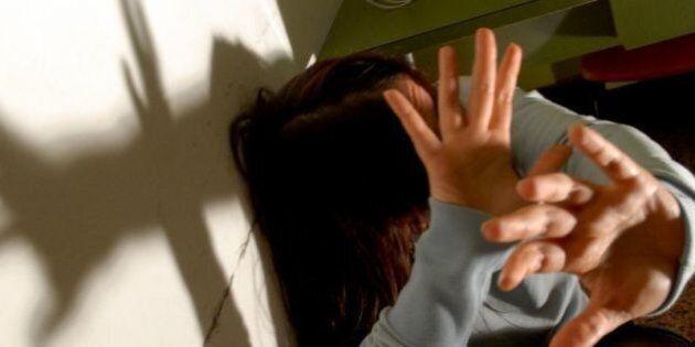 Roma, quartiere Prati: ragazza di 16 anni violentata da finto poliziotto. La madre di un amica l'avrebbe...