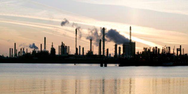 Schiavitù del debito e catastrofi ambientali: può la Grecia avviare un cambiamento di