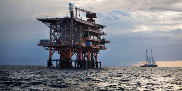 Le trivelle in mare inquinano: il rapporto di Greenpeace, esclusiva Huffington Post
