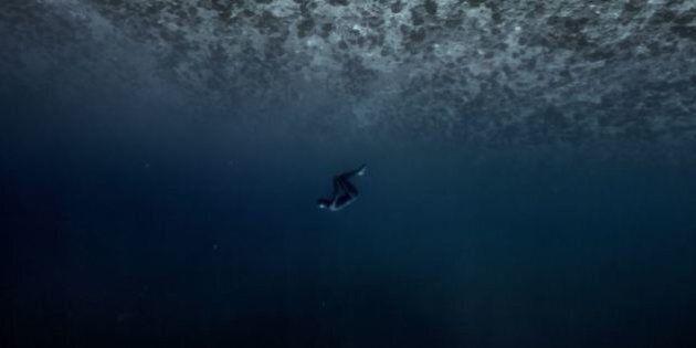 Ocean Gravity, Guillaume Néry: fondale oceanico o paesaggio spaziale? Il volo acquatico dell'asso dell'apnea