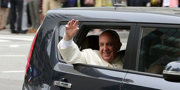 Papa Francesco, una Kia per muoversi in Corea del Sud: Bergoglio ha voluto