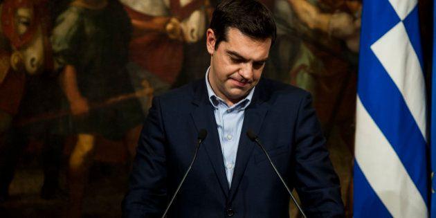 Grecia, Alexis Tsipras sull'orlo della rottura si ammorbidisce. Potrebbe chiedere l'estensione del programma...