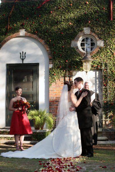 Marito e moglie insieme in una foto dell'asilo, si incontrano e si sposano 17 anni dopo: la scoperta...