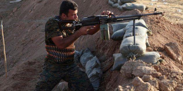 Iraq, via libera dei ministri Ue: alcuni Paesi daranno armi ai curdi. Federica Mogherini: prima l'ok...