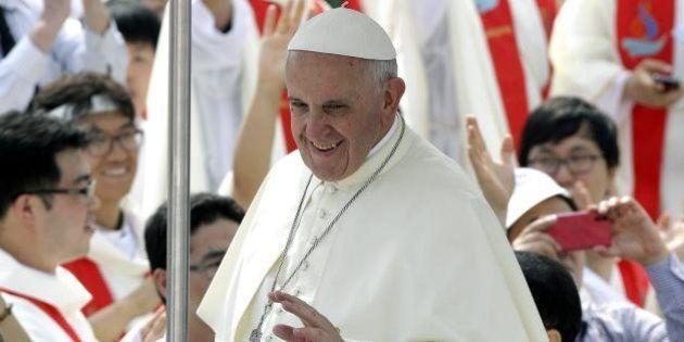 Papa Francesco in Corea: le mosse del Pontefice tra Pechino e Pyongyang, tra ombre cinesi e coup de