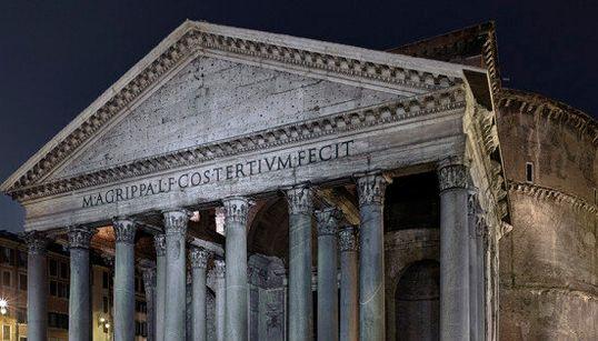 Sulle tracce dell'imperatore Augusto in 140 scatti