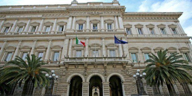 Bankitalia: risale il debito pubblico e sfiora record a 2210 miliardi di euro. Aumentano le entrate tributarie: