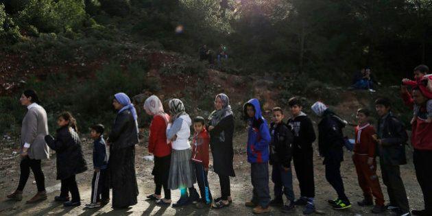 Migranti, Avramopoulos: