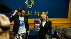 Salvini e Meloni: i due leader del populismo di destra all'assalto di