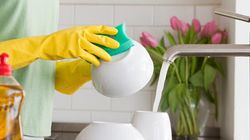 Lavare i piatti ha un sacco di