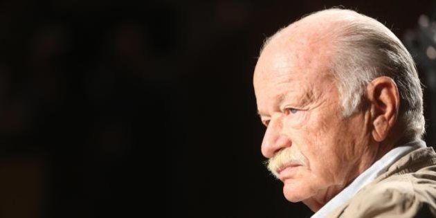 Gino Paoli indagato per evasione fiscale. Perquisita le case di Genova, avrebbe trasferito soldi in