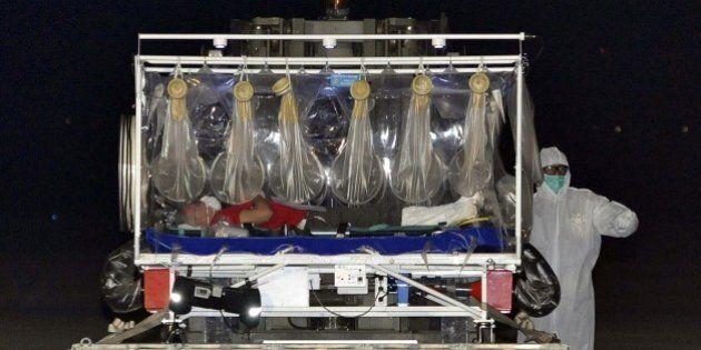 Medico italiano con Ebola allo Spallanzani: ha 39 di febbre ma è vigile, iniziato trattamento