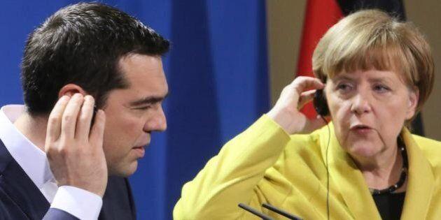 Grecia, Bce conferma Ela ma chiede più garanzie sui prestiti. Tsipras sacrifica Yanis, Merkel e Hollande