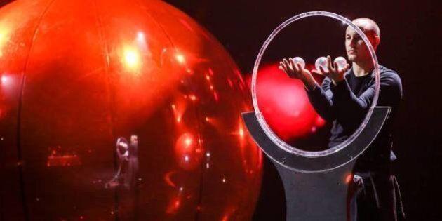 Italia's Got Talent, Simone Al Ani vince la prima edizione Sky. Il creatore del programma Simon Cowell...