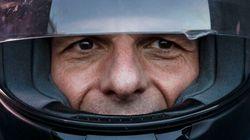 Tsipras sacrifica Varoufakis. La mossa per dare un alibi in meno all'Europa e tornare al tavolo del