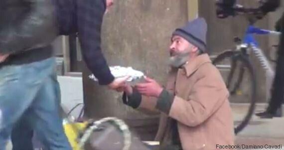 VIDEO. Damiano Cavadi fa il regalo di Natale ai senzatetto di Milano: i clochard si