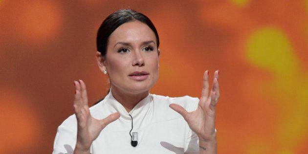 Nicole Minetti riceve da Silvio Berlusconi 15 mila euro al mese. È quanto emerge dalle indagini del Ruby-ter