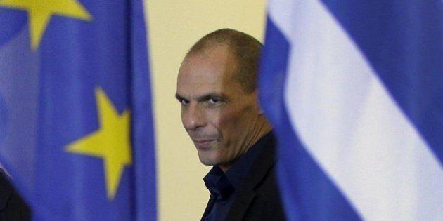 Dimissioni Yanis Varoufakis, la richiesta di Alexis Tsipras per una squadra più europeista al tavolo...