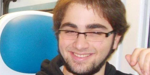 Domenico Maurantonio morto in gita. Il padre al funerale del ragazzo: